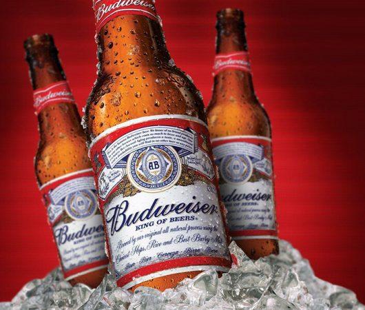 Marketing khôn ngoan như Budweiser: 'Nghỉ' quảng cáo trong Super Bowl, dành 5,6 triệu USD đó để nâng cao nhận thức về vaccine Covid-19